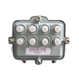 OUTDOOR D SERIES SPLITTERS Outdoor 8 Way TAP ( Half Power Pass ) 3808D-**